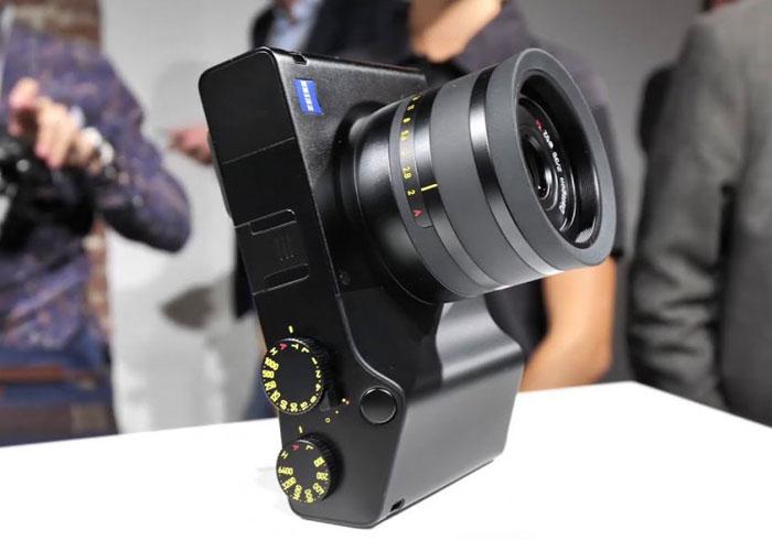 کمپانی زایس اولین دوربین فول فریم و کامپکت خود را تحت عنوان ZX1 معرفی نمود